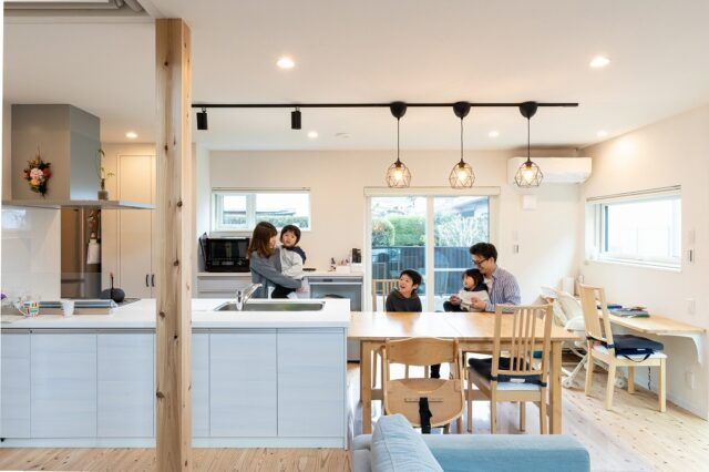スキップフロアが「DJブース」 音の響きと広がりが心地よい大空間は、高性能住宅だからこそ!健康住宅の設計力で実現しました。